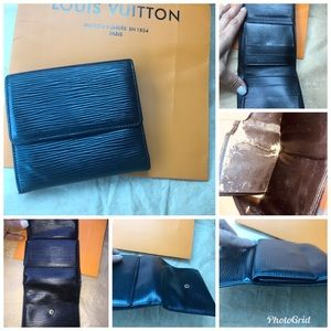 💯% Authentic Louis Vuitton Epi Small Wallet